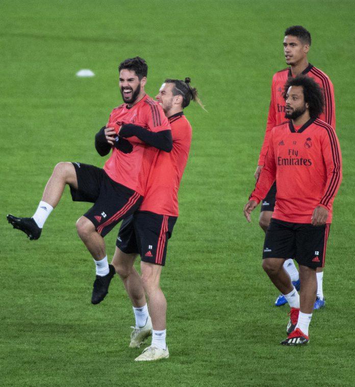 Isco, Bale, Marcelo y Varane, en el entrenamiento del Real Madrid en el Olímpico de Roma.