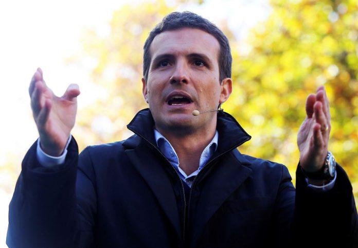 El presidente del Partido Popular, Pablo Casado, durante el último mitin del grupo celebrado en Granada.