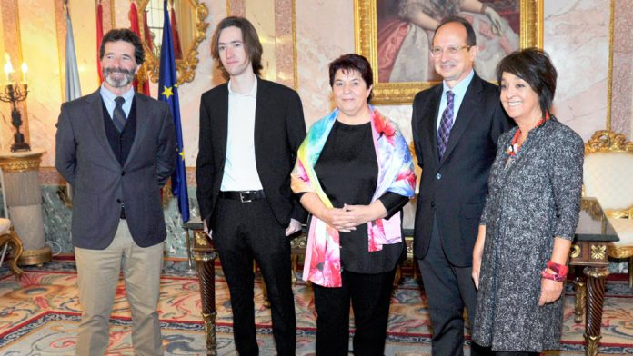 56kama_Ayuntamiento-Recepcion-Embajador-IE-OCPM-Marc-Alexandre-Rimond_KAM6732