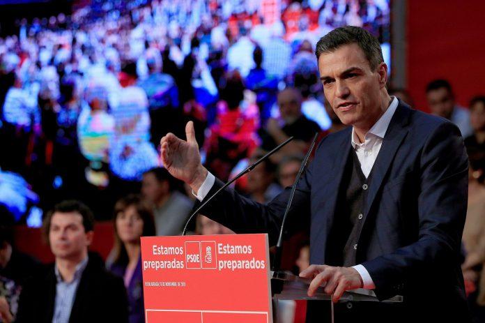 El presidente del Gobierno, Pedro Sánchez, durante su intervención ante la militancia socialista.