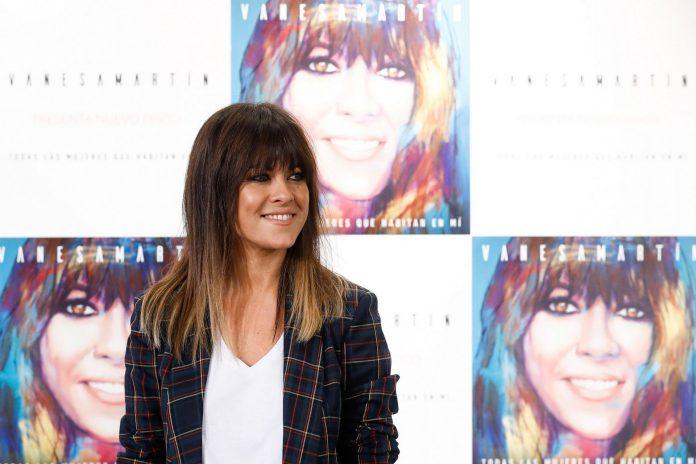 La cantante malagueña Vanesa Martín durante la presentación de su nuevo álbum de estudio.