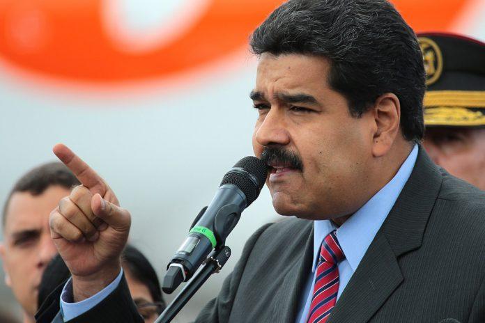 El presidente de Venezuela, Nicolás Maduro, se dirige a sus simpatizantes durante un acto reciente.