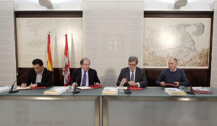 En la actualidad hay 20 acuerdos vigentes en la Comunidad derivados de los procesos de Diálogo Social.