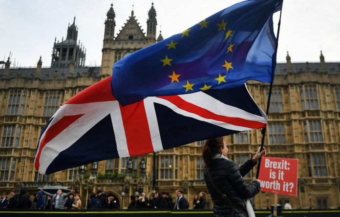 Activistas proeuropeos se manifiestan ante el parlamento británico el pasado 29 de noviembre de 2018.