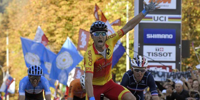 Alejandro Valverde se proclamó campeón del mundo en Innsbruck tras haber ganado seis medallas previamente. / EFE