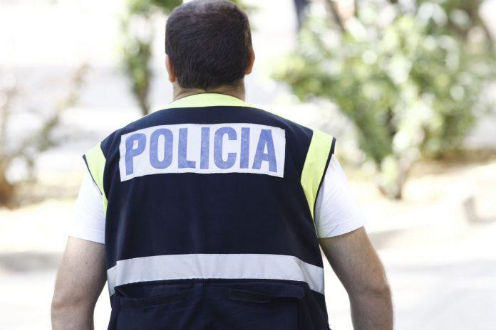 El operativo se llevó a cabo con la práctica de diez registros simultáneos en la barriada malagueña de La Palmilla.