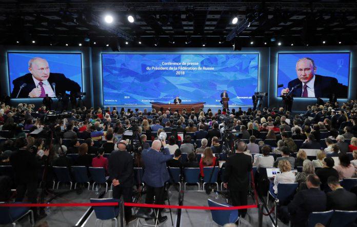 El presidente ruso ofrece su tradicional rueda de prensa antes de antes de fin de año ante 1.700 periodistas.