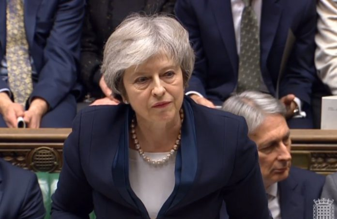 La primera ministra de Reino Unido, Theresa May, durante el debate parlamentario del acuerdo de brexit.