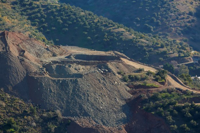 Aspecto de la zona de Totalán donde han trabajado más de 300 personas durante 13 en el rescate del pequeño Julen.