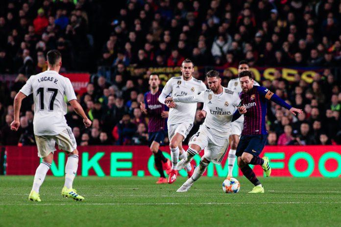 El jugador argentino del Barcelona Leo Messi, que en su último partido ante el Sevilla consiguió un 'hat trick', es una gran amenaza para los madridistas.