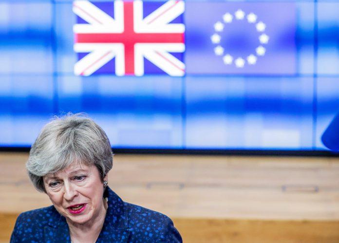 La primera ministra, Theresa May, informará a más tardar el martes sobre el estado de las negociaciones.