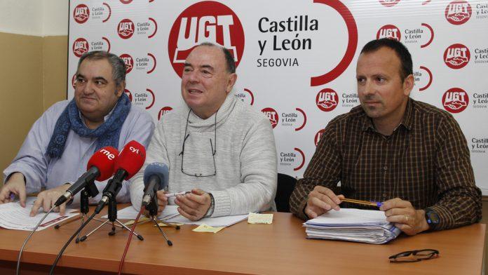 (Desde la izquierda) Tomás Pérez, Miguel Ángel Mateo y Juan del Barrio ayer en rueda de prensa.