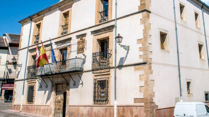 El Ayuntamiento se ahorra 80.000 euros anuales por los cambios en los costes del ciclo del agua. / kamarero