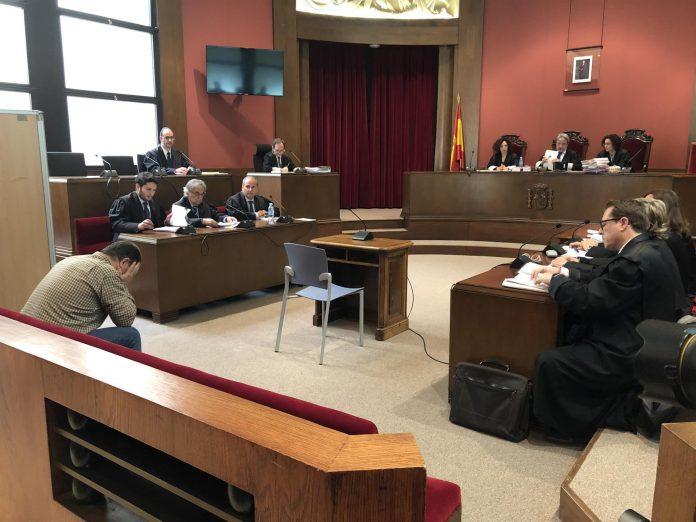 Las víctimas testificaron en la Audiencia durante hora y media.