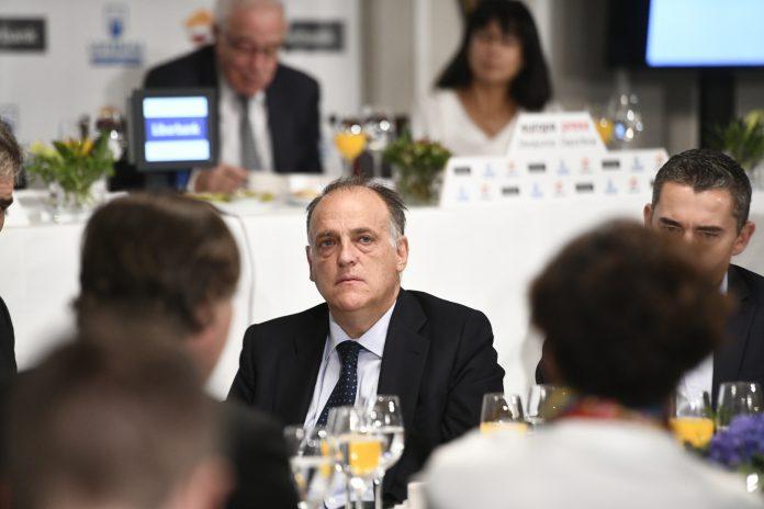 El presidente de LaLiga, Javier Tebas, durante un desayuno informativo.