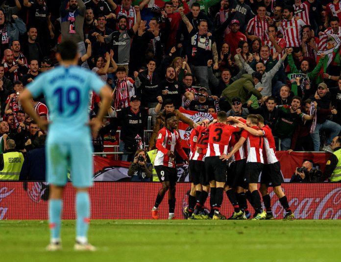 Los jugadores del Athletic celebran el segundo gol del equipo bilbaíno ante el Atlético de Madrid.