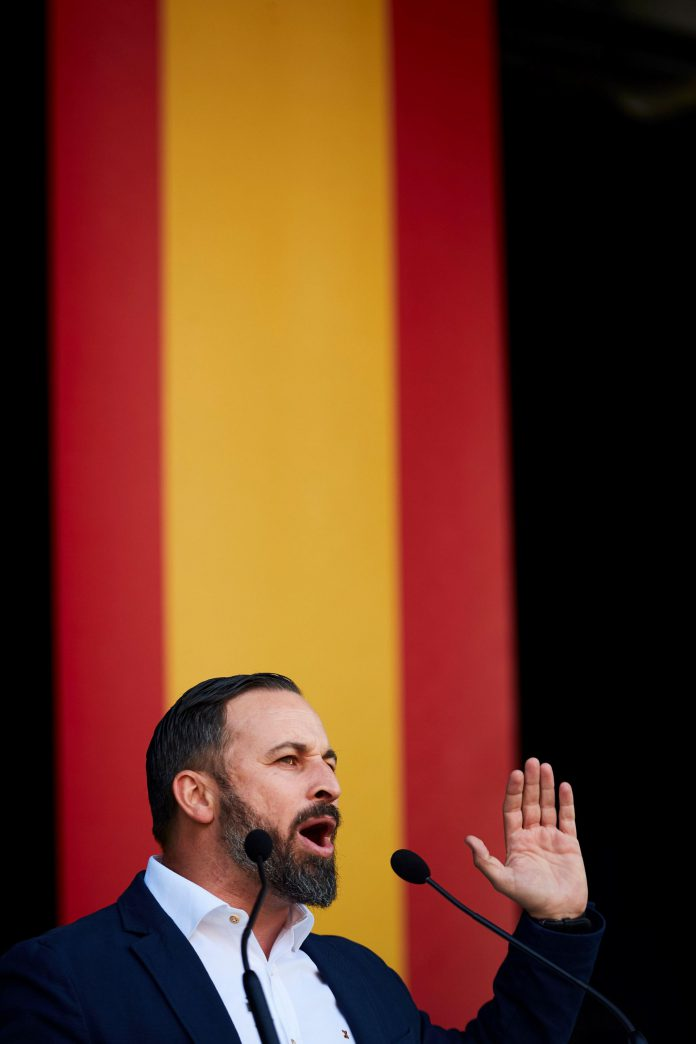 El presidente de Vox, Santiago Abascal, en su intervención en Barcelona.