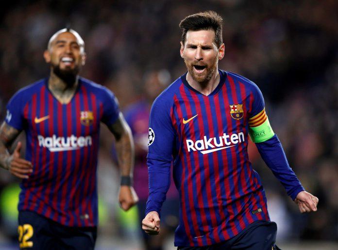 Messi celebra uno de sus goles al Olympique de Lyon.