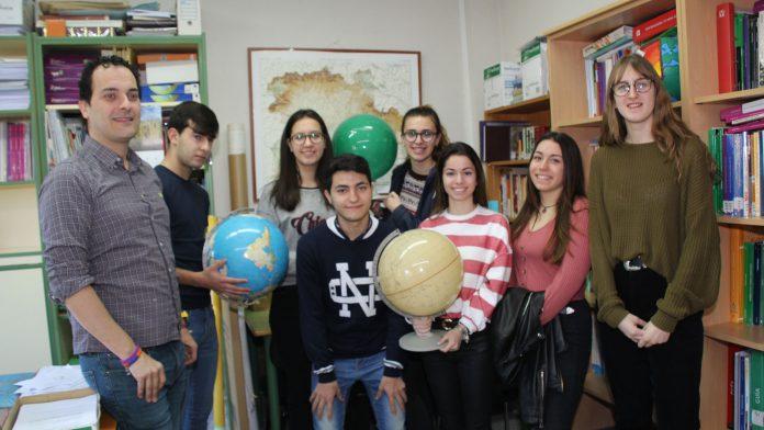 Alumnos de Segundo de Bachillerato participantes en la Olimpiada de Geografía