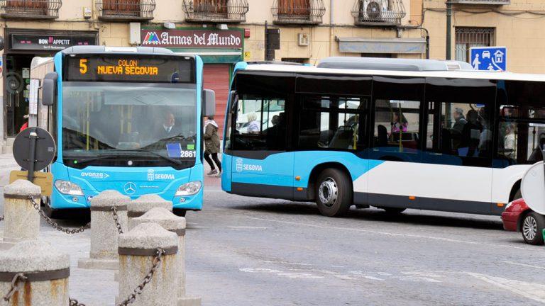 Los nuevos autobuses debutan con molestias y arreglos sobre la marcha