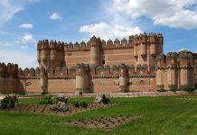 El Centro Integrado de Formación Profesional está ubicado en el castillo.