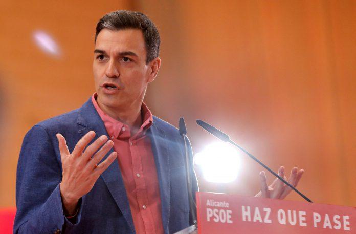 El presidente del Gobierno y candidato del PSOE, Pedro Sánchez, durante su intervención en Alicante.