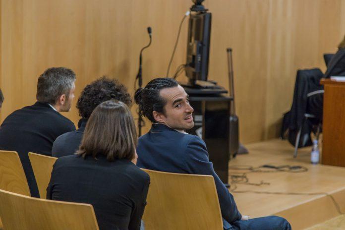 Alberto G.S. creador de la web fraudulenta, se enfrenta a dos años de cárcel.