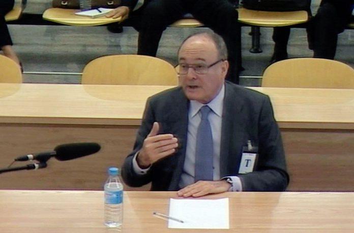 El exgobernador del Banco de España, Luis María Linde.