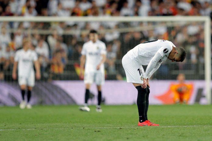 La derrota sufrida en Mestalla priva a los valencianos del sueño de conquistar un doblete en el año de su centenario.