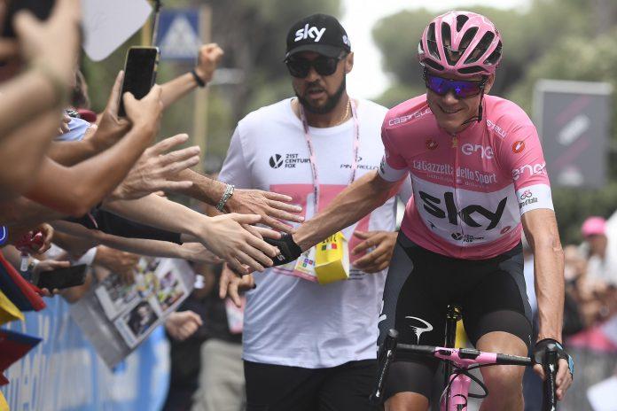 Chris Froome no defenderá su victoria en la pasada edición del Giro. / E.P.