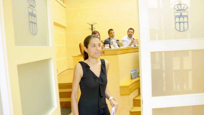 Luciana Miguel renunció a su cargo como concejala en el Ayuntamiento de Segovia, al mes de las elecciones. / kamarero