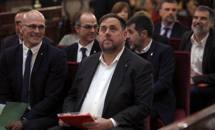 Oriol Junqueras junto al resto de investigados por el proceso soberanista.