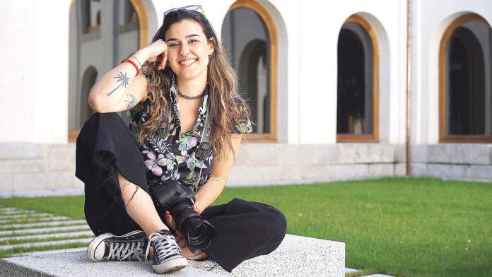Lúa Otero acaba de terminar la carrera de Comunicación y Medios Digitales en IE University. / Roberto Arribas
