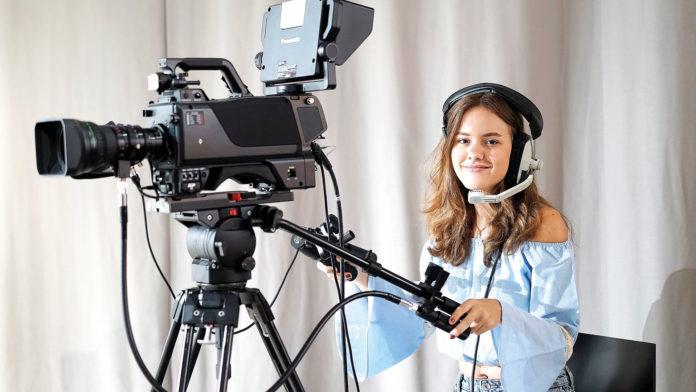 El MediaLab ha sido ideado para que los universitarios realicen prácticas y produzcan materiales audiovisuales. / R. A.