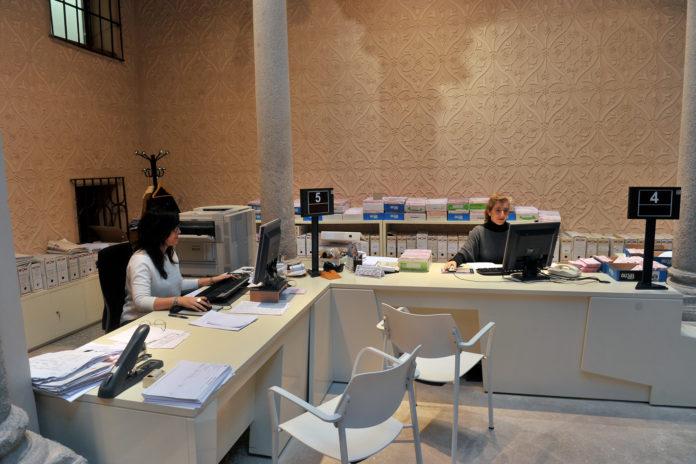 Oficina del servicio de tributos en el Palacio Provincial de la Diputación