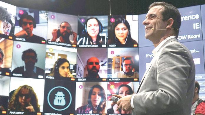 IE University cuenta más de 20 años de experiencia en formación online. Jesús Pascual.