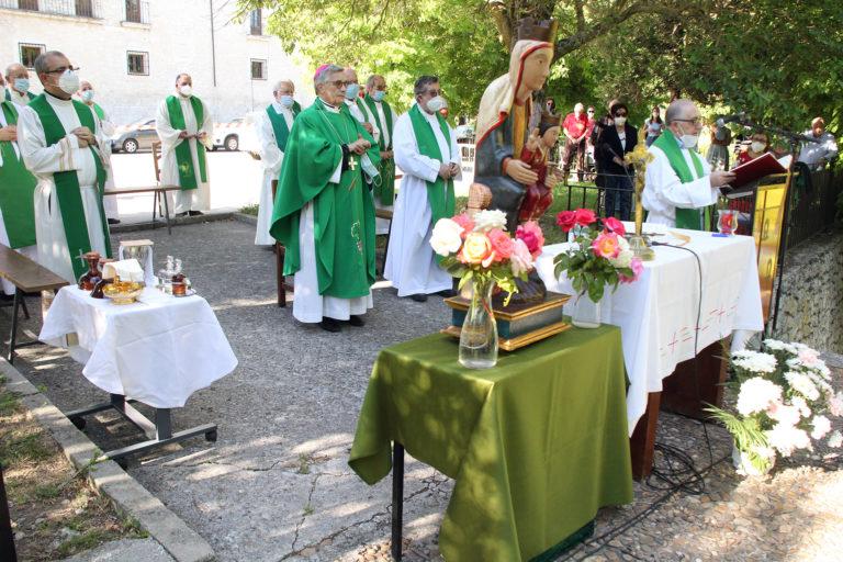 Los carmelitas se despiden  de El Henar tras 96 años