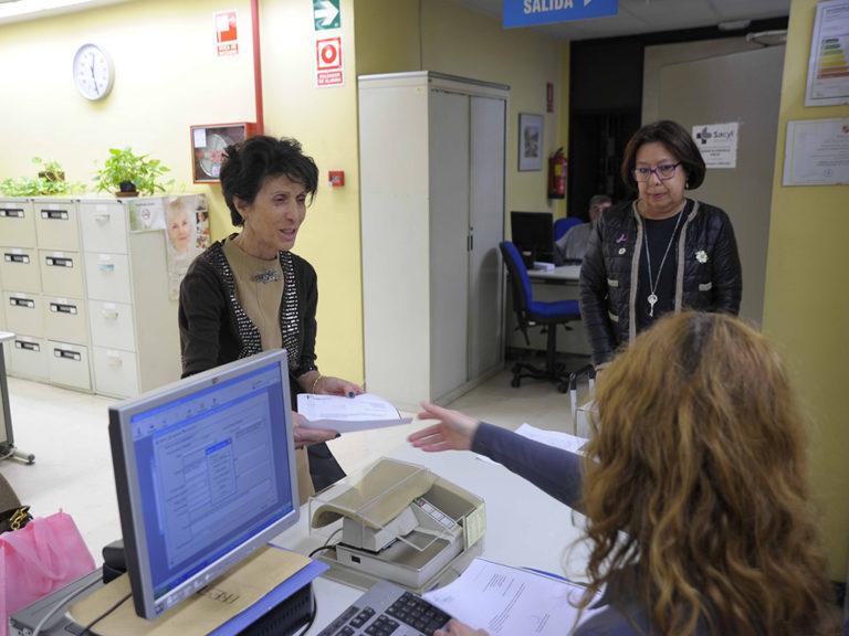 """La AECC asegura que la unidad de radioterapia """"va en el actual hospital"""""""
