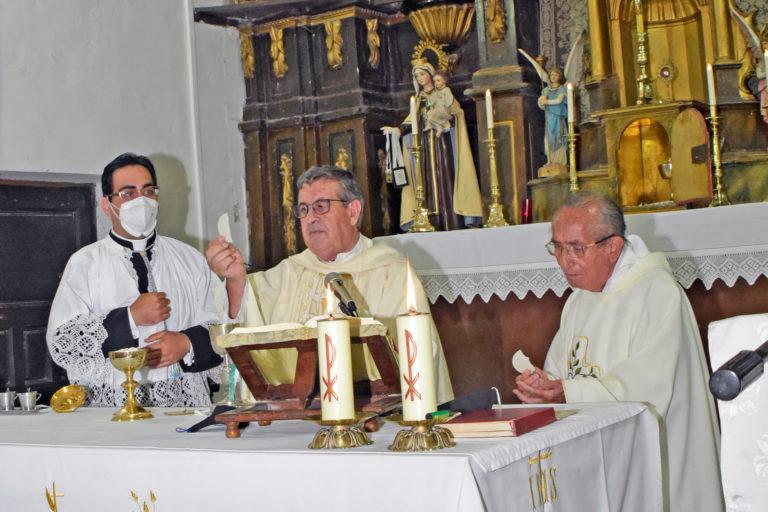 Laguna de Contreras celebró la misa en honor a la Virgen de la Asunción