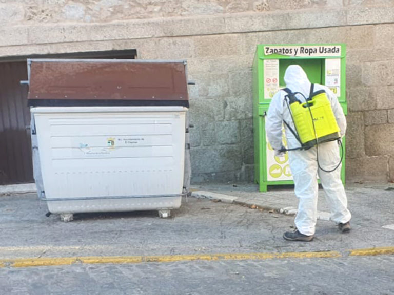 Continúan los trabajos de desinfección en El Espinar