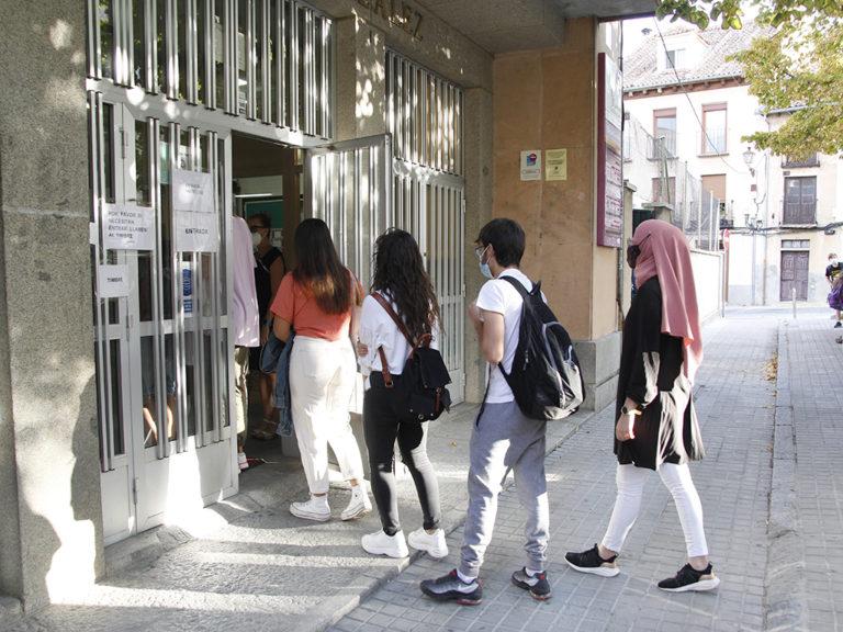 Carencia de personal docente en varios centros de Secundaria