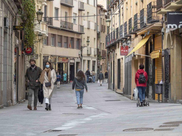 Segovia registra 26 positivos y 36 brotes este jueves