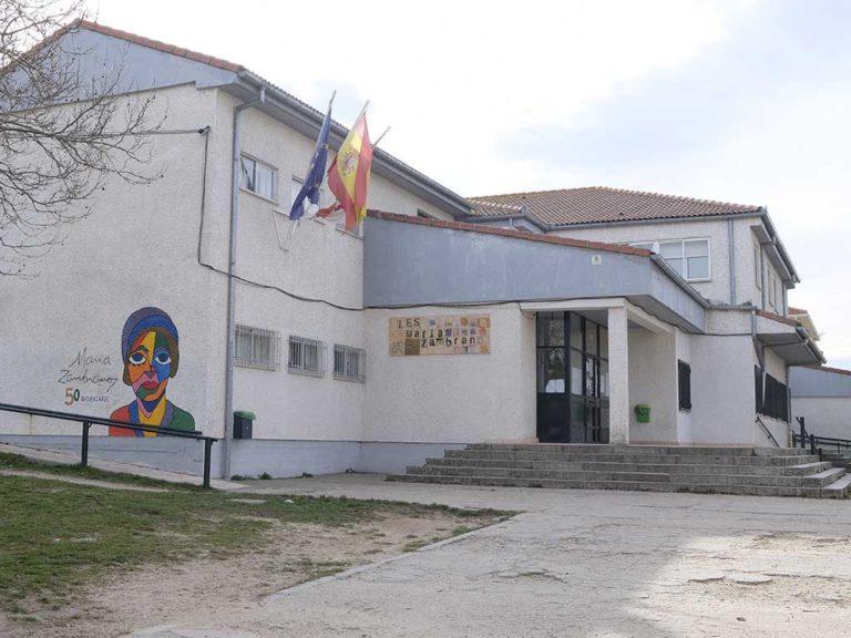 El Ayuntamiento de El Espinar gasta 11.000 euros en material escolar