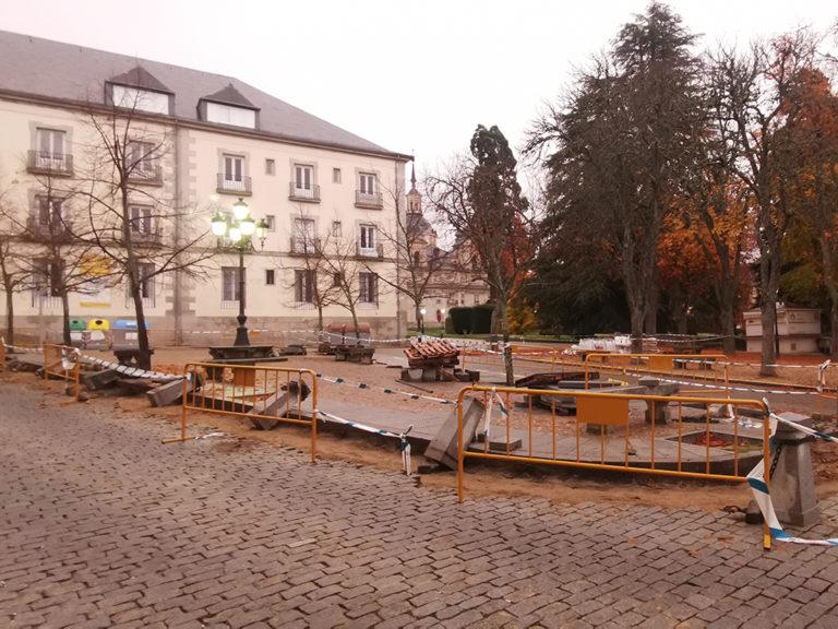Fomento acondiciona los pavimentos de los Jardines Reales de La Granja