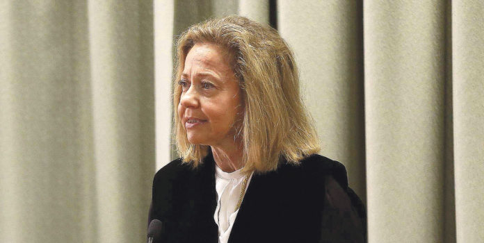 Consuelo Madrigal.