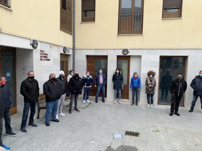 Los hosteleros y el alcalde de Cuéllar se reúnen ante el cierre