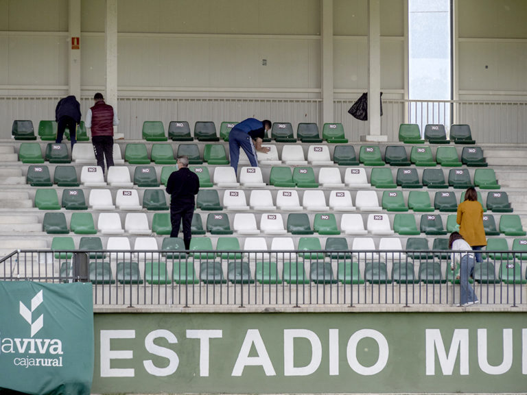 La Segoviana numera los asientos para celebrar el derbi con público