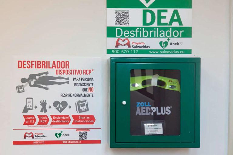 El Ayuntamiento de El Espinar adquiere tres desfibriladores