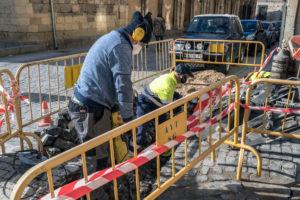 Reparación de averías en tuberías de la red municipal de agua