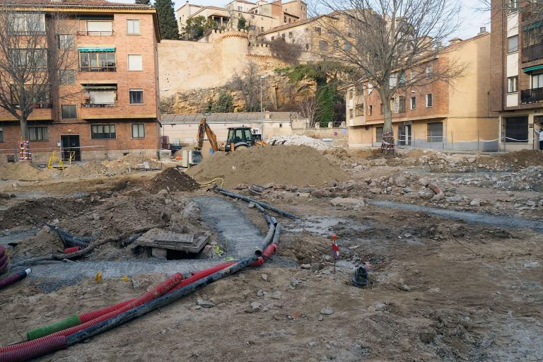 El parking y la pista deportiva del Tejerín se retrasan por la cesión del contrato de obras
